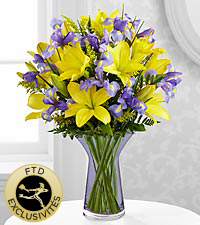 The Touch of Summer® Bouquet by FTD® - VASE INCLUS