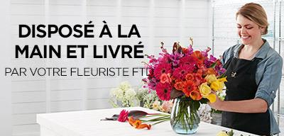 Disposé à la main et livré par votre fleuriste FTD